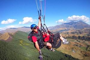 Adrenaline Junkie Tandem Paragliding Flight