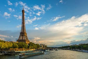 Eurostar to Paris with Dinner and Show at Moulin Rouge for Two